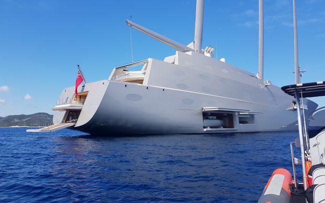 Visit of 2 magnificent yachts – Saint Florent harbour